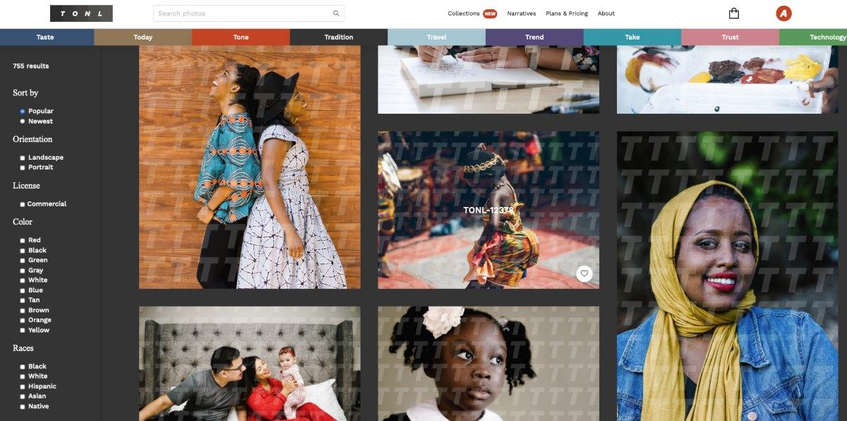 Schermata del sito web TONL che mostra alcune foto di stock della libreria: rappresentano persone nere che ballano, vanno a scuola o sorridono all'obiettivo.