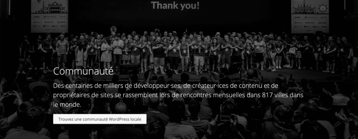 """Homepage della comunità WordPress francese in cui si fa riferimento a """"développeur·ses"""" e """"créateur·ices"""", scritti in linguaggio inclusivo."""